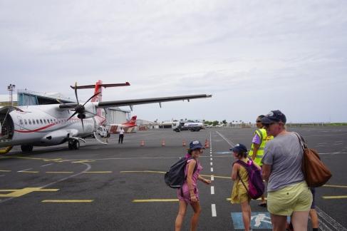 138 - Tahiti Depart Raiatena