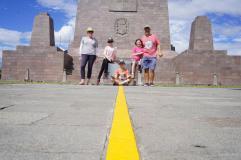 271 Equateur Mitad del Mundo